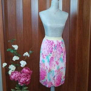 CANDIE'S Floral Skirt